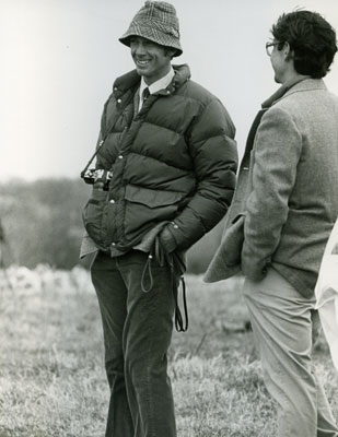 Drs. Roger Scullin and Pete Radue, discussing hounds a few years back.