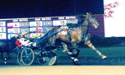 Leonidas A Upsets Favorite Bettor's Wish to win $100,000 Potomac Pace Invitational